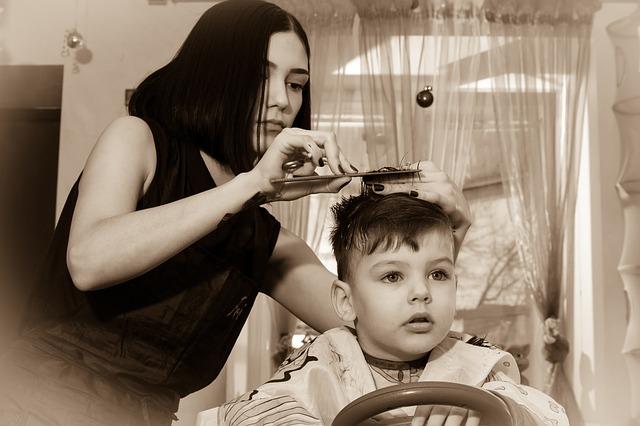 תספורות לילדים שאפשר לבצע בקלות בבית
